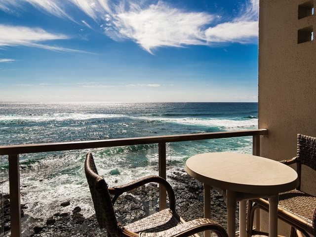 Vacation rental balcony at Great Vacation Retreats.