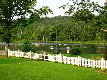 Fishing at Fieldstone Farm Resort.