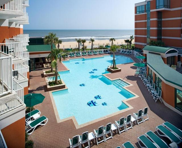 Holiday Inn And Suites Virginia Beach Oceanfront
