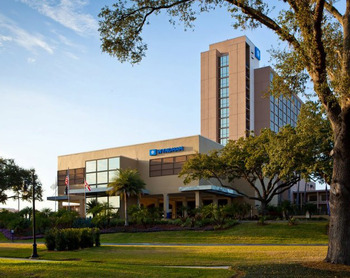 Exterior View of Wyndham Lake Buena Vista