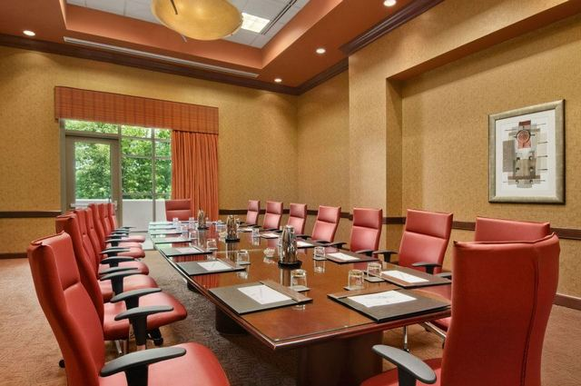 Embassy suites charlotte charlotte nc resort reviews for Pool and spa show charlotte nc