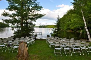 Outdoor wedding at Whisperwood Lodge and Cottages.
