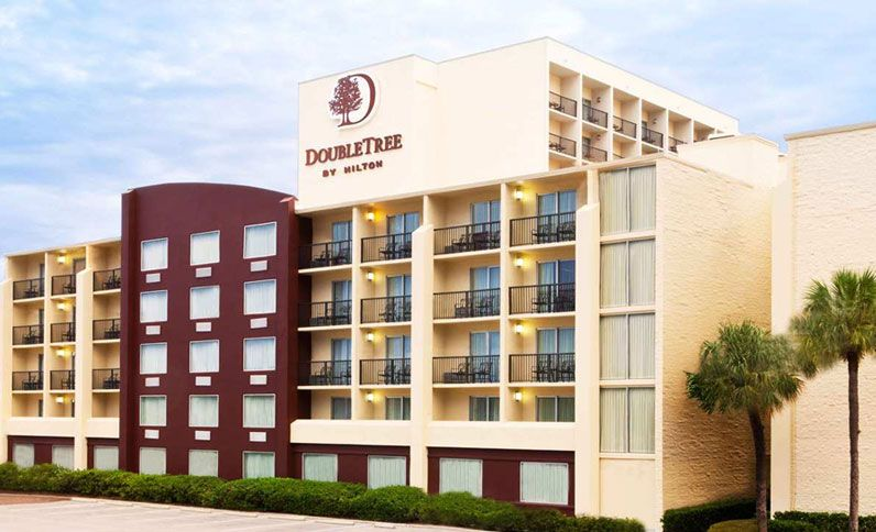 Exterior View of Doubletree by Hilton Tampa Airport - Westshore