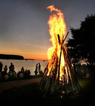 Bonfire at Bay Breeze Resort.