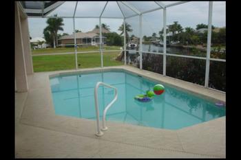 Vacation rental pool at American Patriot Getaways.
