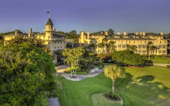 Exterior view of Jekyll Island Club Hotel.