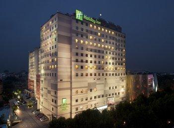 Exterior view of Holiday Inn Nanjing.