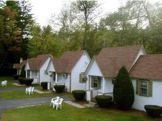 Cabin Rentals at Riverbank Motel & Cabins