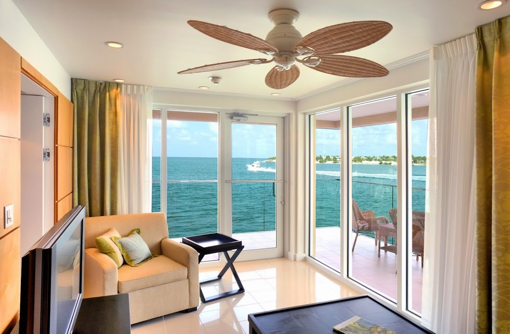 Guest living room at Pier House Resort & Spa.