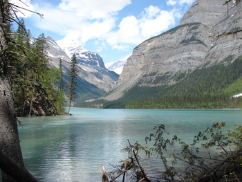Kinney Lake at Mt Robson, Mount Robson Provincial Park, Mica Mountain Lodge & log cabins