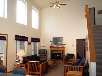 Group living room at Rainbow Drive Resort.
