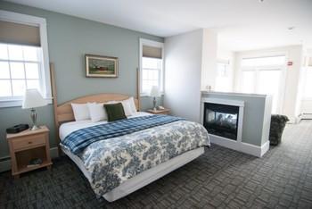 Guest room at Beachmere Inn.