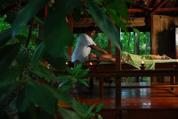 Massage at Jetwing Tropical Villas.