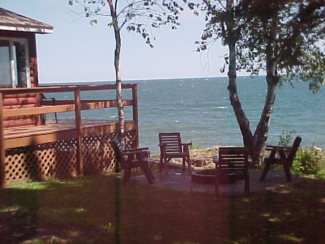 Breezy point resort on lake superior two harbors mn for North shore lake superior cabins
