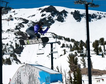 Snowboarding on Mammoth Mountain at Seasons 4 Condominium Rentals.