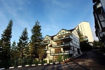 Exterior view of Equatorial Hill Resort Cameron Highlands.