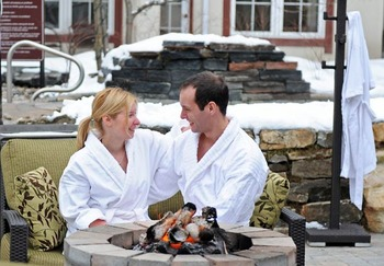 Couple at Residence Inn Mont Tremblant Manoir Labelle.