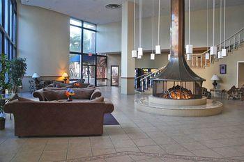 Lobby view at Knights Inn Hallandale Beach.