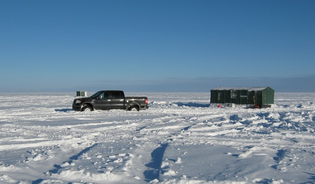 Lyon sleepers baudette mn resort reviews for Mn ice fishing show