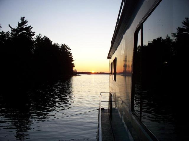 Sunrise at Rainy Lake Houseboats.