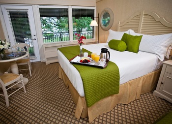 Guest Room at The Abbey Resort & Avanti Spa