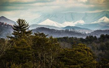 Scenic mountain views at Eagles Ridge Resort.