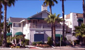 Exterior of Park Inn-Balboa.