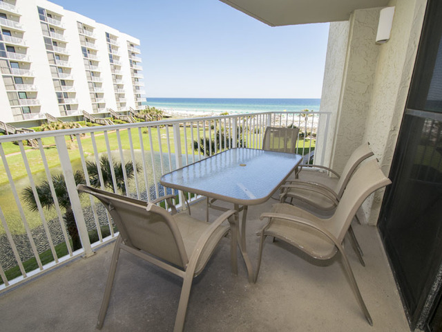 destin vacation rentals condo three bedroom mainsail condo in