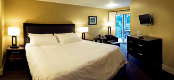 King Suite of Pacific Shores Resort