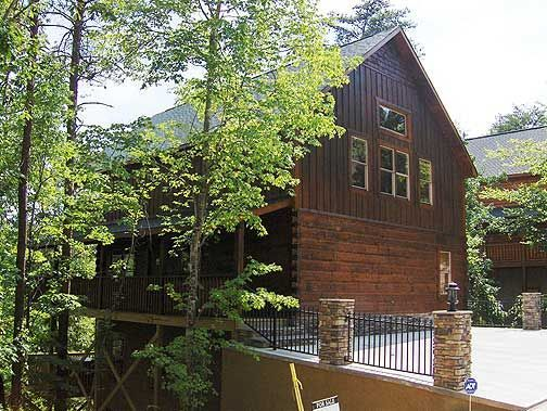 Exterior Cabin View at Baskins Creek Cabin Rentals