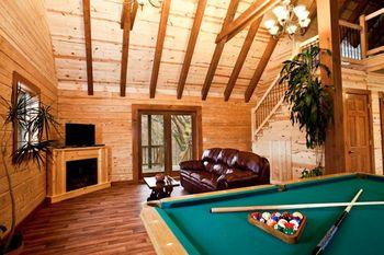 Living area at Big Creek Cabins.