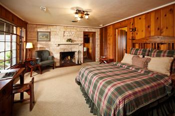 Cabin bedroom at Purple Sage Ranch.