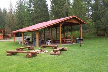Picnic Area at Historic Tamarack Lodge and Cabins