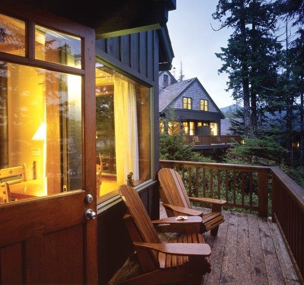 Middle Beach Lodge Tofino British Columbia Resort Reviews Resortsandlodges Com