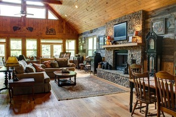 Cabin interior at Georgia Mountain Rentals.
