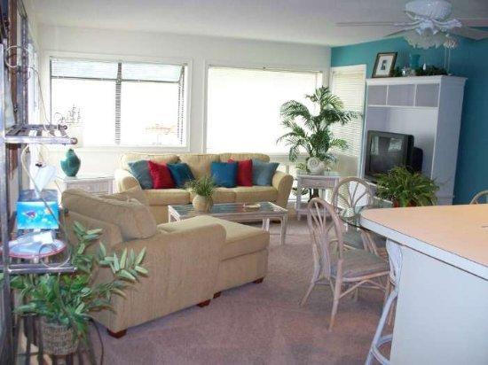 Myrtle Beach Vacation Rentals Condo 2 Bedroom Condo Right Next To The Beach Ral