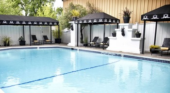 Outdoor pool at Mount View Hotel & Spa.