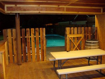 Outdoor pool at Moab Rustic Inn.