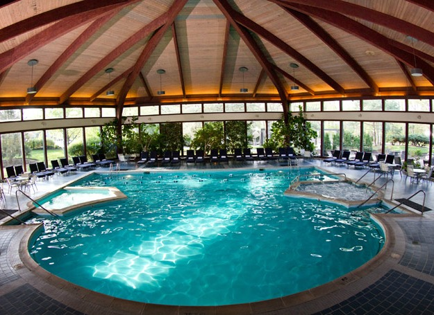 The abbey resort avani spa fontana wi resort for Chicago resorts and spas