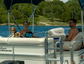 Family pontoon ride at Alpine Lodge Resort.
