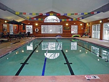 Indoor pool at The New England Inn & Lodge.