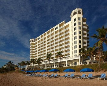 The beach at Pelican Grand Beach Resort.