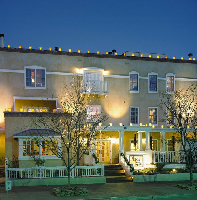 Exterior view of Hotel Chimayo de Santa Fe.