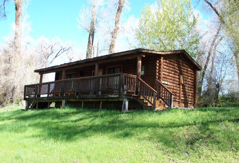 Cabin exterior at The Lodge at Palisades Creek.