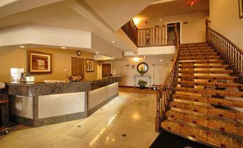 Lobby Area at Best Western Plus Brookside Inn