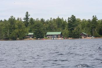 Lakeside Cabins at Douglas Resort