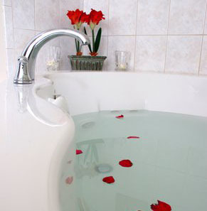 Suite Tub at Alouette Beach Resort
