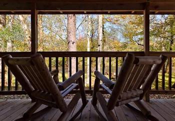 Vacation rental deck at Stony Brook Chalets.