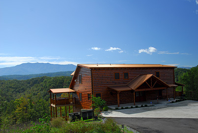 Pigeon forge vacation rentals cabin 7 bedroom 7 bath for Premier smoky mountain cabin rentals