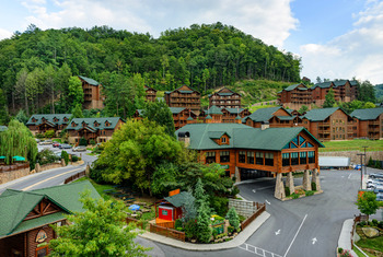 Exterior view of Westgate Smoky Mountain Resort.